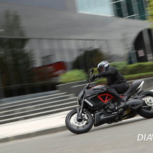 Diavel Carbon