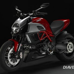 2011 Diavel Diamond Black